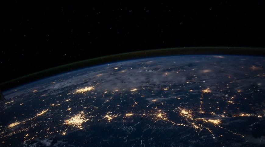כדור הארץ בלילה